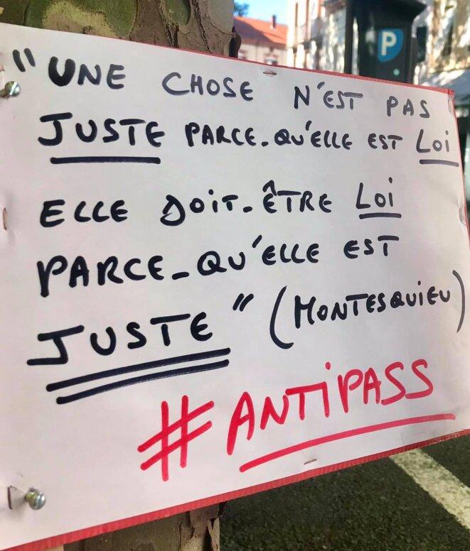 pancarte antipass © Florian Landès