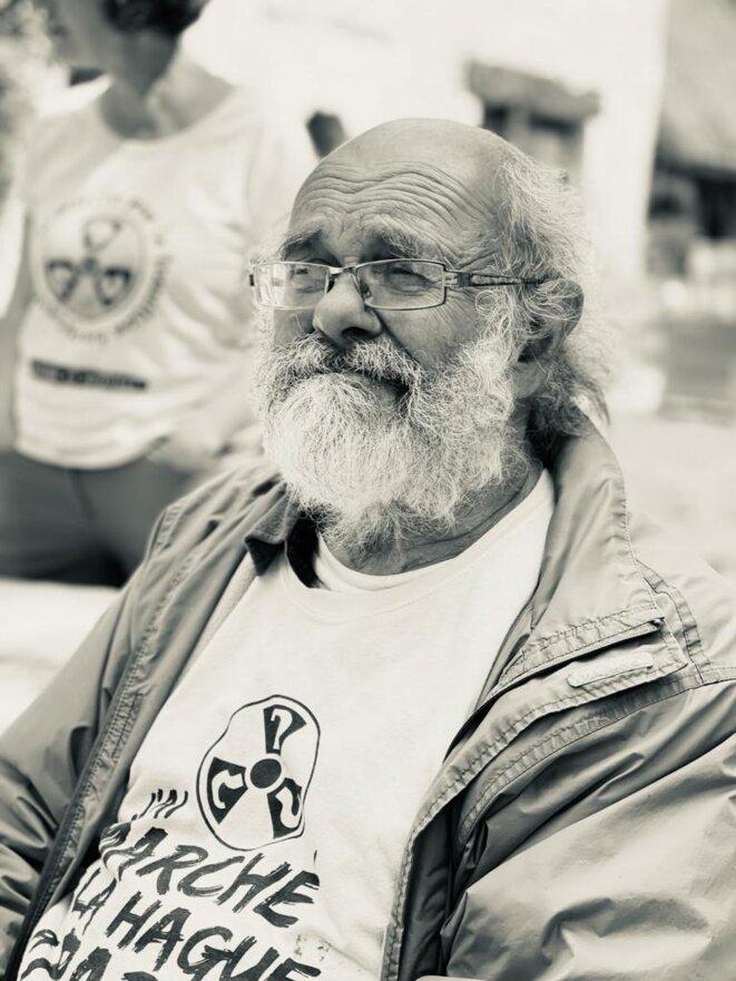 Jean-Loup sans son carnet de dessins © Martine Lelouch