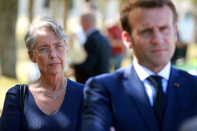La ministre française du travail, Élisabeth Borne, et Emmanuel Macron, le 22 juillet 2020, au château de Chambord. © Photo Ludovic Marin / AFP
