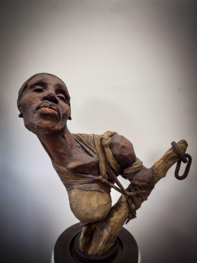 « La misère, je la connais, moi-même. Tout mon corps me fait mal, tout mon corps accouche la misère, moi-même. J'ai pas besoin qu'on me baille la malédiction du ciel et de l'enfer. » ('Gouverneurs de la rosée', Jacques Roumain, ed. Zulma) © Sandra Dessalines