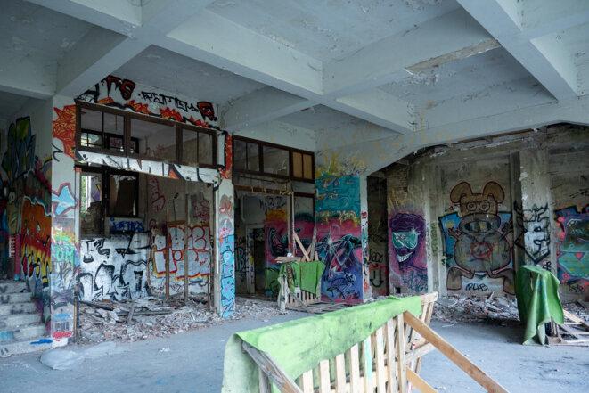 La billeterie et sa salle d'attente - septembre 2021 © plbillot