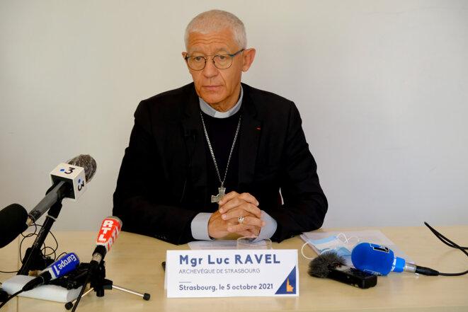 Monseigneur Luc Ravel, archevêque de Strasbourg, lors d'une conférence de presse le mardi 5 octobre 2021. © Guillaume Krempp / Rue89 Strasbourg