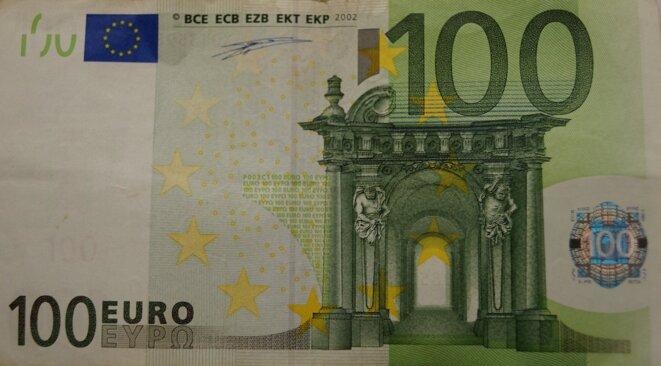100 € offerts par les philantropes du CAC40 à découper proprement © bibok Leicht Lesen