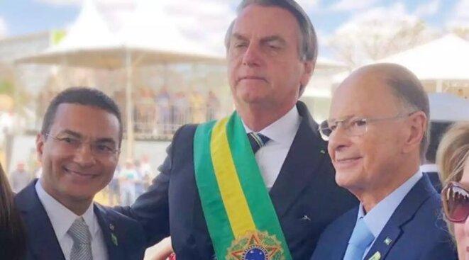 Le député fédéral et pasteur Marcos Pereira, Jair Bolsonaro et Edir Macedo, le 1/1/2019 à Brasilia. © DR
