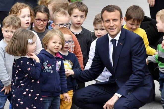 https://france3-regions.francetvinfo.fr/normandie/orne/enfants-berd-huis-recus-elysee-emmanuel-macron-1501765.html