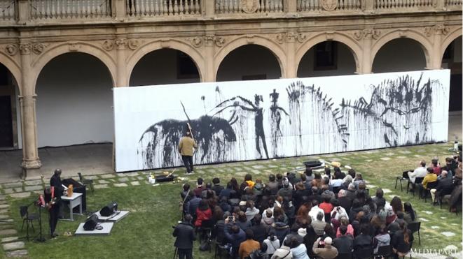 «Terres Barceló », portrait de l'artiste au travail