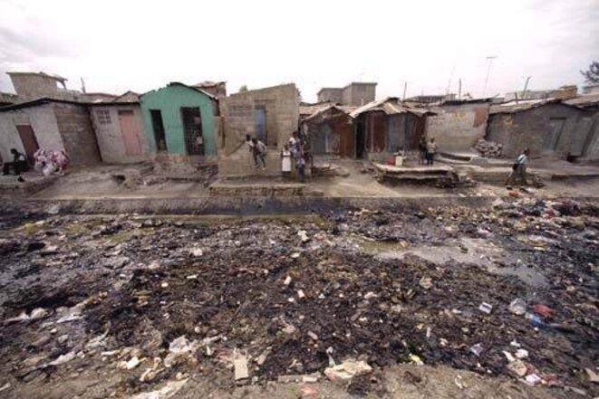 Image de la Cité-Soleil, bidonville de Port-au-Prince, avant le séisme. © @