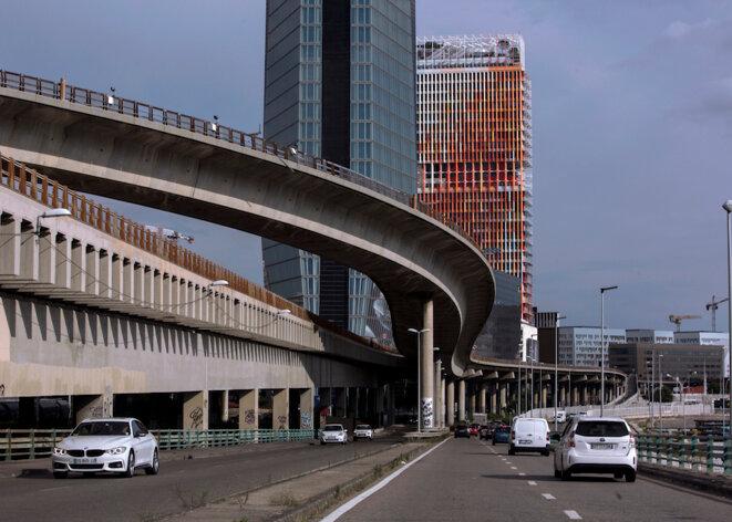 Marseille, «l'aspirateur» à voitures