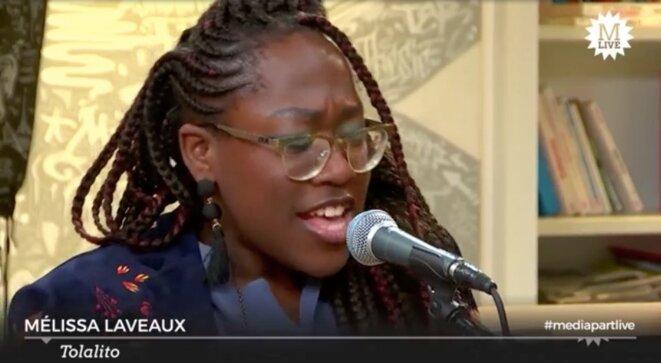 Mélissa Laveaux chante sur Mediapart