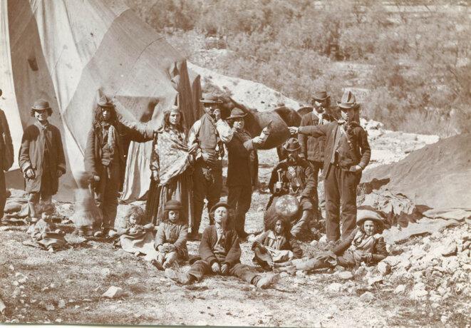 Roms, gitans, tziganes et gens du voyage à l'aube du XXe siècle
