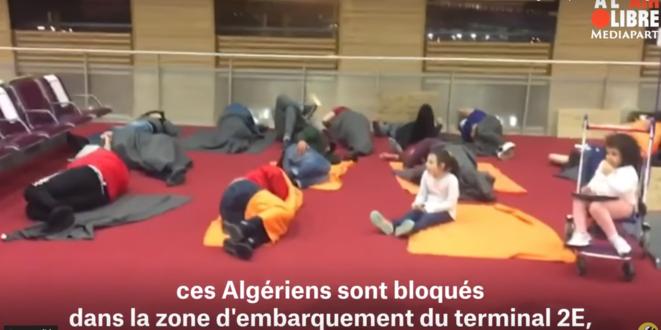 A Roissy, l'escale de 25 Algériens vire à l'imbroglio administratif