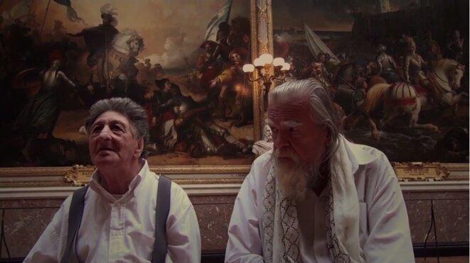 «La Visite-Versailles», seuls au château