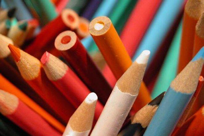 crayons_Education_72ppi.jpg