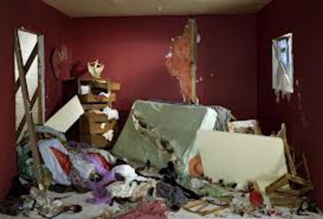 Destroyed room © Jeff Wall