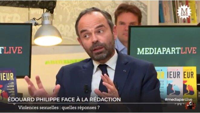 Le premier ministre Edouard Philippe face à la rédaction
