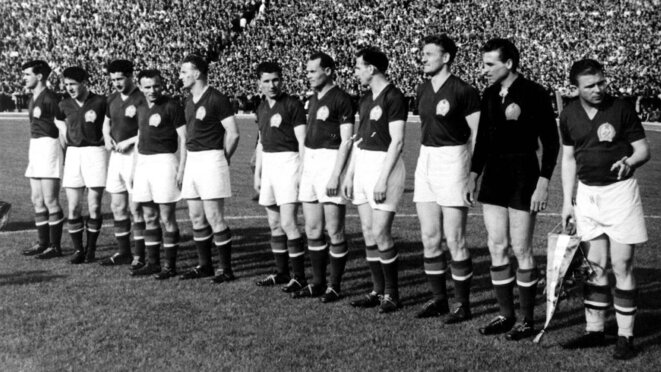 Les «Onze Footballeurs en or», des héros hongrois