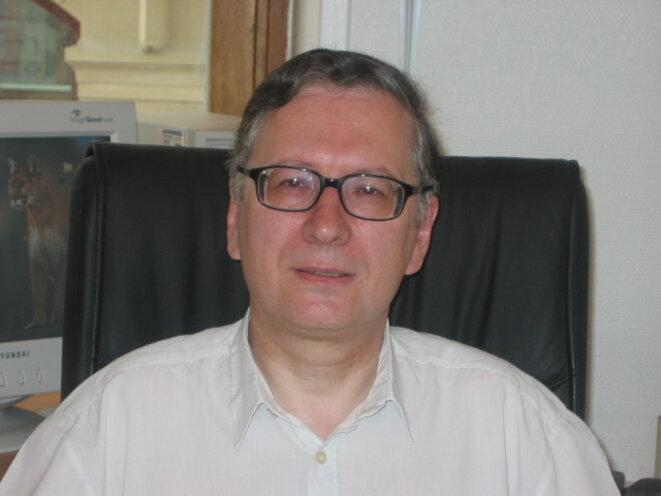 DANIEL CAUVIN