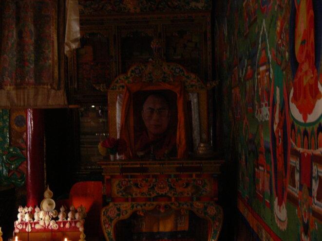 Sa Sainteté  Tibet   Coll. Pers.