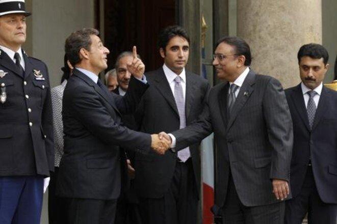 President Nicolas Sarkozy and Pakistani President Asif Ali Zardari. © Reuters