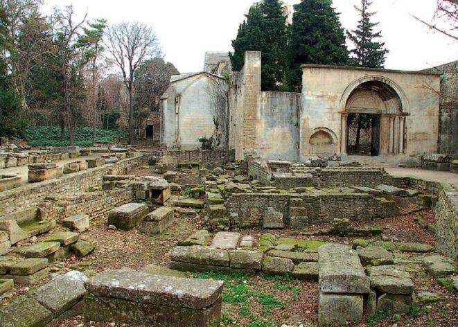 Enceinte de l'église Saint Honorat © Ville d'Arles