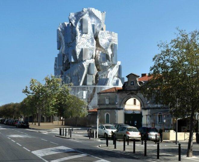 Tour Gehry projection urbaine © Ville d'Arles