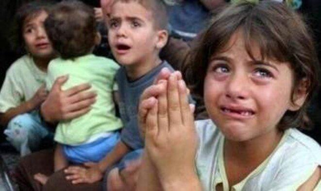 Enfants pleurants © Inconnu