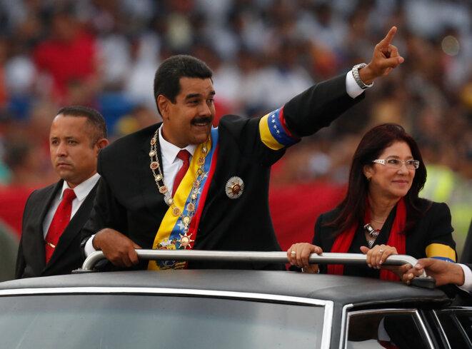 Nicolás Maduro con su esposa después del juramiento, el 19 de abril en Caracas. © Tomas Bravo/Reuters