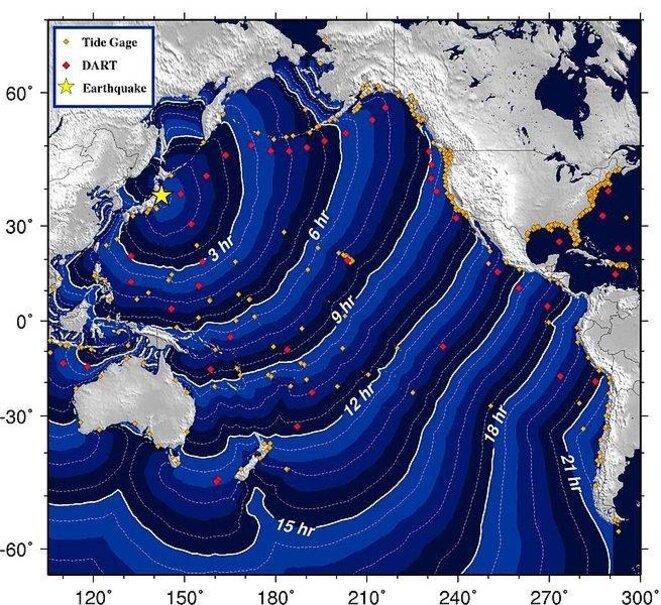 Carte des temps de parcour du tsunami du 11 mars 2011 © NOAA