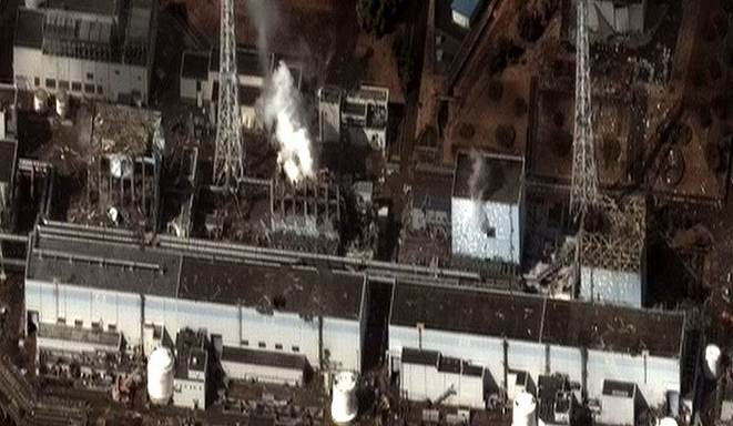 La centrale de Fukushima après le tsunami de mars 2011 © Digital Globe