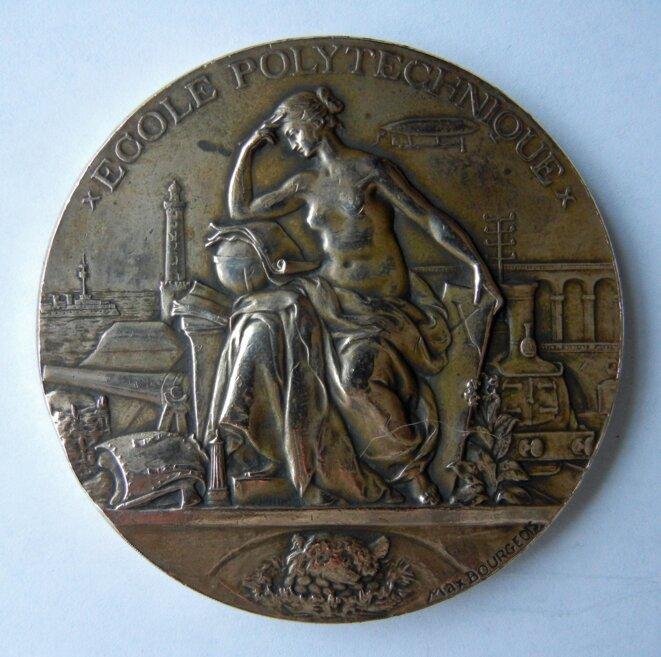 Médaille de l'école Polytechnique gravée par M.L. Bourgeois (1894) © DR