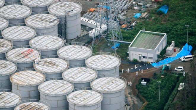 Vue aérienne de réservoirs de stockage à Fukushima © Reuters/Kyodo