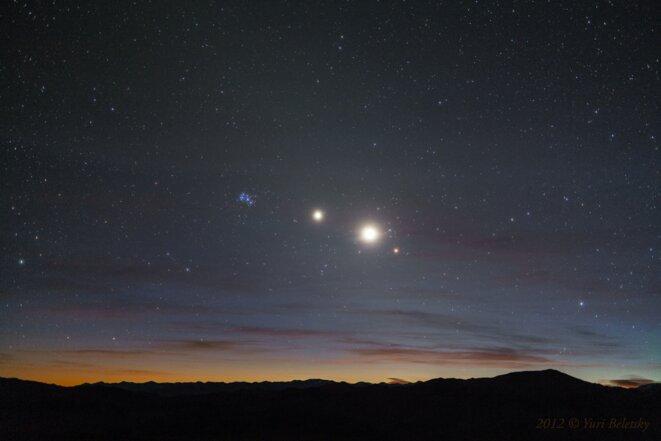 De gauche à droite : Les Pléiades, Jupiter, Vénus et Aldébaran © Yuri Beletsky (Las Campanas Observatory, Carnegie Institution of Science