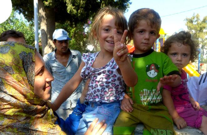 Famille de réfugiés syriens à Bodrum (Turquie) © Alain Devalpo