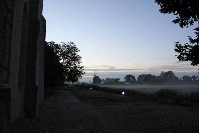 L'Abbaye de Noirlac au petit matin © Jérémie Szpirglas