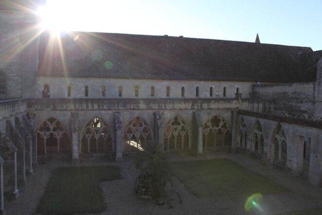 Lever de soleil sur l'Abbaye © Jérémie Szpirglas