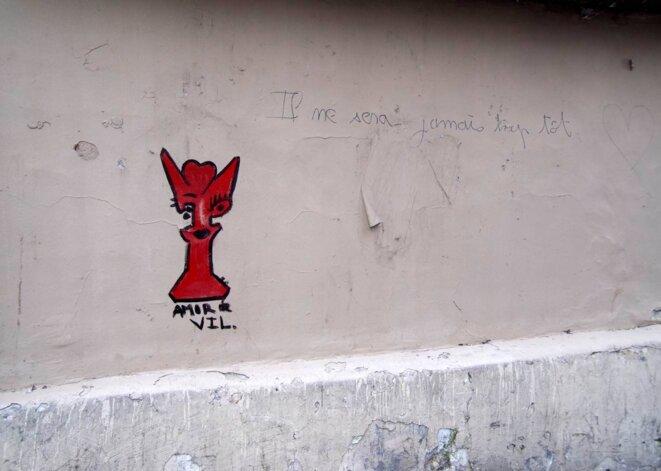 """""""Il ne sera jamis trop tôt"""", graffiti"""