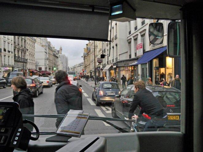 Bus rue St Antoine