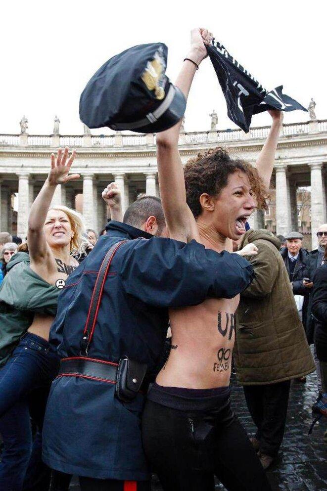 Les Femen au Vatican