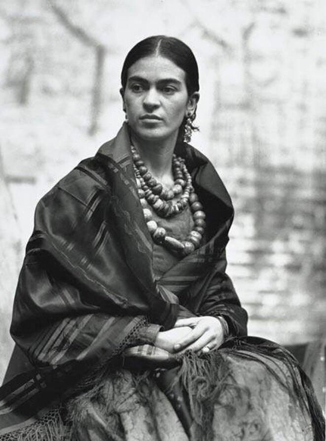 Frida Kahlo © Manuel Alvarez Bravo