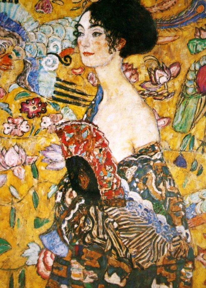 La femme à l'éventail © Gustav Klimt