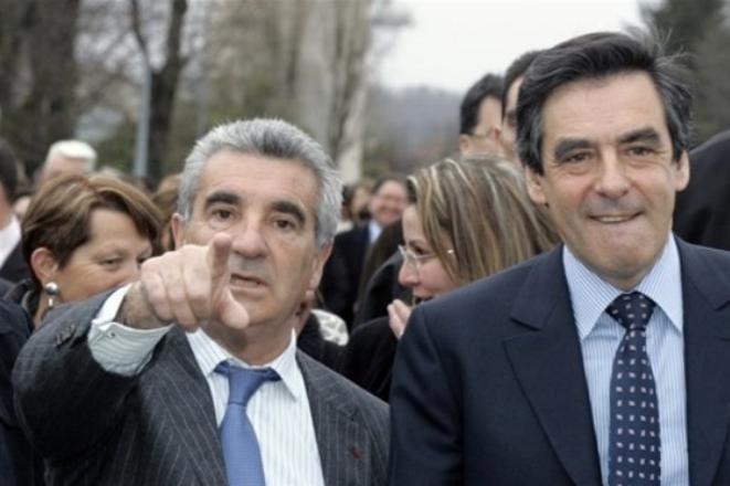 Gérard Trémège, le maire de Tarbes, lors des municipales de 2008, avec François Fillon © DR