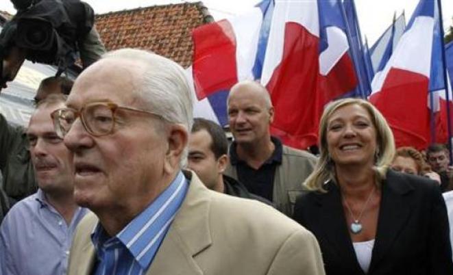 Jean-Marie et Marine Le Pen en 2010 © Reuters