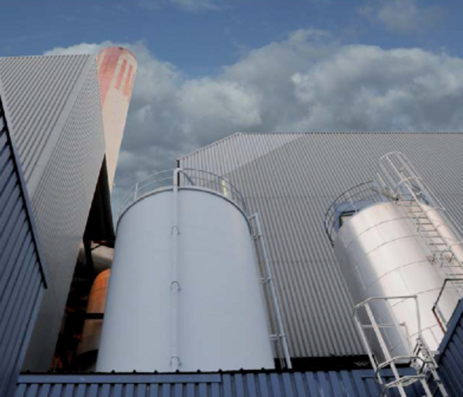 L'incinérateur de Toulon, d'une capacité de 270 000 tonnes de déchets par an