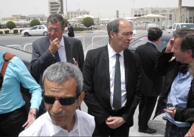 P. Balkany et E. Woerth au Forum de Doha au Qatar en mai 2013, capturés par un journaliste de 20 minutes © 20 minutes