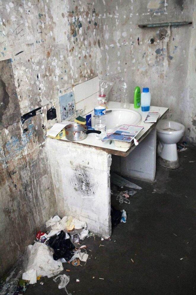 Une cellule de confinement (photo G. Korganow/CGLPL)