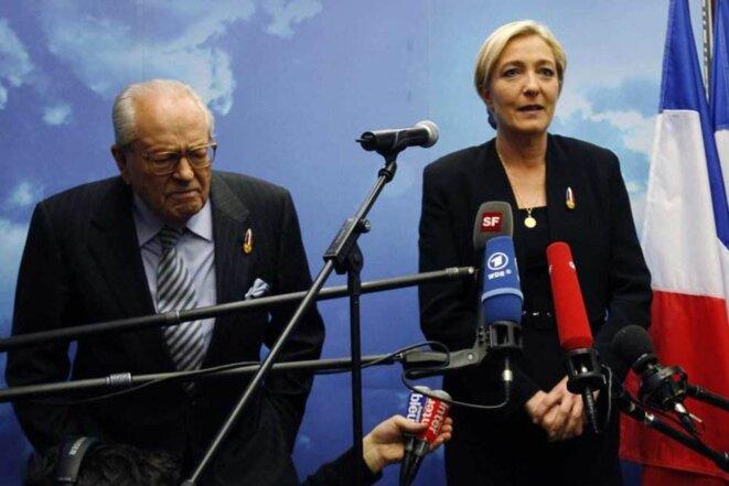 Le Pen père et fille © Reuters