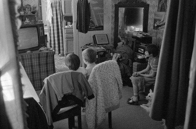 Enfants d'une famille de dockers au chômage, Brest, 1982 © Gilles Walusinski