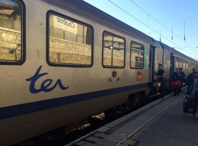 Un TER en gare de Toulon. © ES