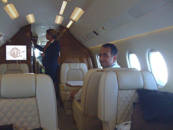 Marwan Lahoud, patron d'EADS international, lors d'un déplacement au Kazakhstan, en compagnie d'un intermédiaire.