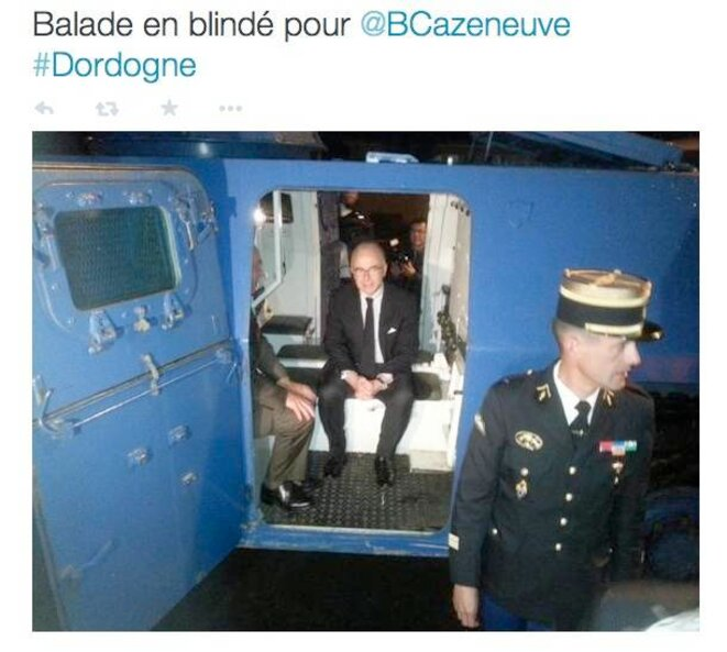 Bernard Cazeneuve, en déplacement en Dordogne, le 6 octobre. © France Bleu Périgord.
